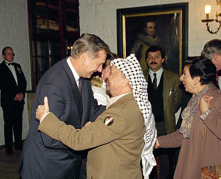 """Johan Holst, """"l'angelo della pace"""" <br />che pagò con la vita <br />lo sforzo per pacificare <br />il Medio Oriente"""