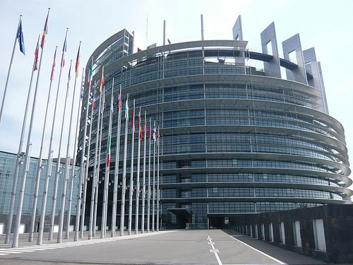 Qui strasburgo un giorno in sessione plenaria del for Sede parlamento italiano