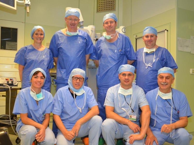 Vincere le apnee ostruttive del sonno e i tumori delle prime vie: dalla Gran Bretagna a Forlì per completare la formazione in chirurgia robotica