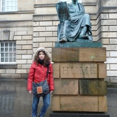 St Andrews, più bolla che ateneo scozzese: nella biblioteca aperta 24 ore su 24 ci pianti le tende e ci vivi per giorni