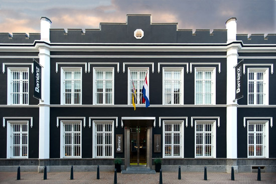"La facciata dell'Hotel ex-prigione ""Het Arresthuis"""