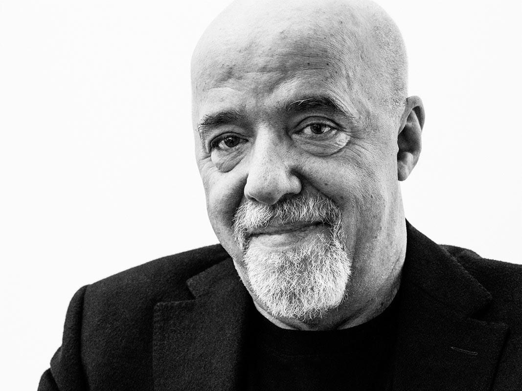 """E Paulo Coelho mi confidò: <br />""""Mi tuffo nel fiume della vita <br />in cerca di perle di saggezza"""""""