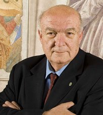 Antonio Paolucci (Rimini, 1939) è uno storico dell'arte italiano, attualmente direttore dei Musei Vaticani. È stato ministro dei Beni culturali e Soprintendente per il Polo museale fiorentino. Nel 2004 gli è stato assegnato a Sassocorvaro, nel Montefeltro marchigiano, il Premio Rotondi ai salvatori dell'arte, sezione Italia.