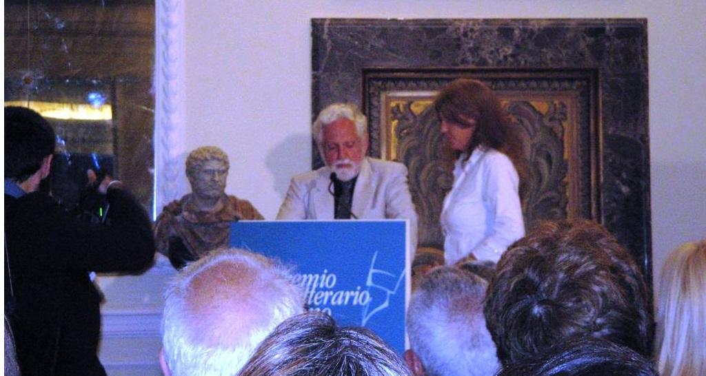 La premiazione di Carl Djerassi alla 3° edizione del Premio Serono.