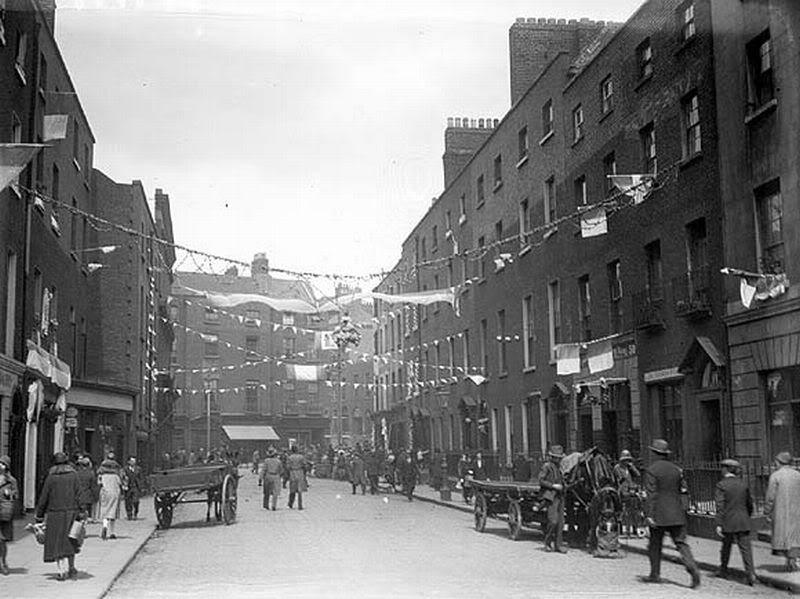 Dublino. Foto d'epoca di Gardiner Street. Qui Joyce collocava Nighttown, il distretto a luci rosse., tra i più estesi d'Europa: tra il 1860 e il 1900 ha dato lavoro contemporaneamente a oltre 1.600 prostitute.