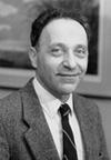 Lucio Luzzatto è nato a Genova il 28 settembre 1936. Sposato con Paola Caboara, ha due figli, Stefano e Fatima. Si laurea in Medicina presso l'Università di Genova nel 1959. Si specializza in ematologia a Pavia e alla Columbia University di New York. Dal 2004 è direttore scientifico dell'Istituto Toscano Tumori.