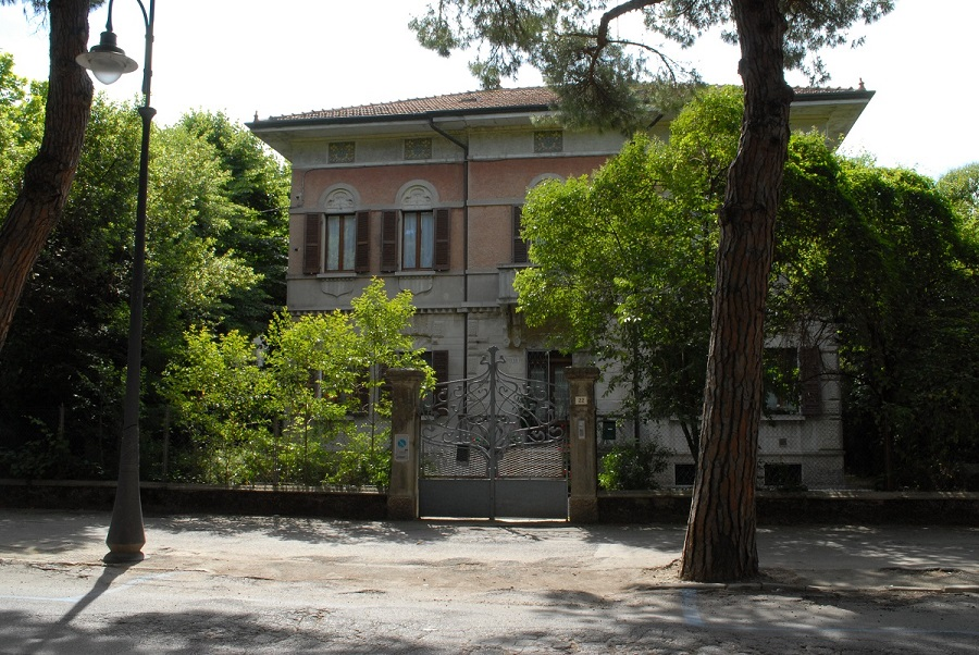 villa-pompili-cesenatico-liberty
