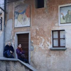 Arcumeggia e la prima galleria all'aperto in Italia. Non dimentichiamo un borgo pilota per l'arte