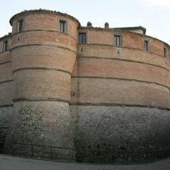 La Rocca di Sassocorvaro nel Montefeltro marchigiano che salvò i nostri tesori artistici e, con essi, l'anima dell'Italia: il mio luogo del cuore dovrebbe essere nel cuore di tutti gli italiani
