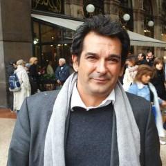 Miguel Mora: un ritratto struggente del giornalismo d'oggi. Ferito, lesionato ma ancora vivo