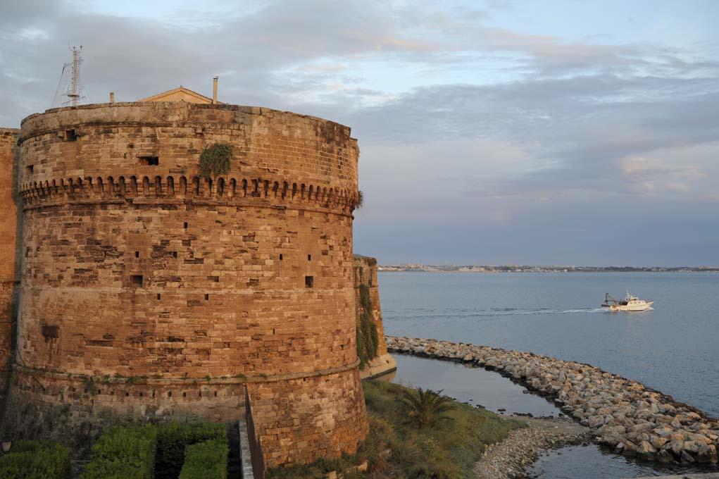 murge-tarantine-taranto-castello-lungomare-museo