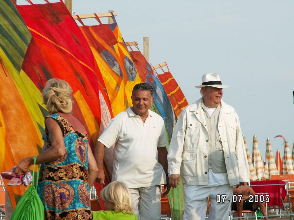 Dario-Fo-mostra-pittorica-tende-al-mare-2005-enrico-bertolini-berico