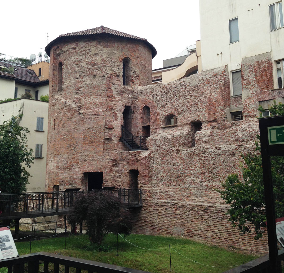Sapessi quant 39 strano scoprire l 39 antica roma a milano for Antiquari a milano