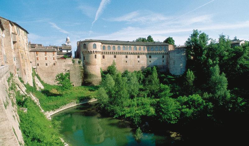palazzo-ducale-urbania
