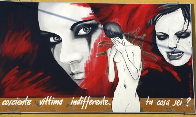Pannello realizzato per la giornata contro la violenza sulle donne da Simona, Monica, Lia nel 2009.