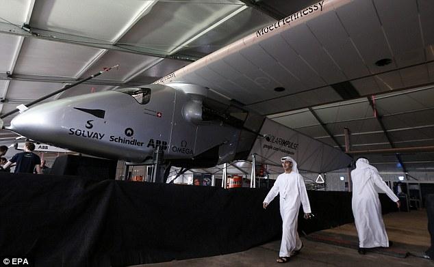 Il primo aereo ad energia solare decolla da Abu Dhabi per il giro del mondo: partner è ABB