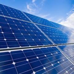 Fotovoltaico: governativo il parco solare più grande del Regno Unito