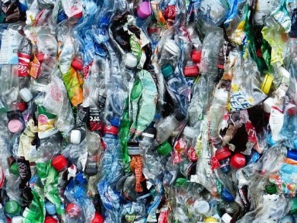 A Rotterdam la plastica <br />come risorsa per il fondo stradale