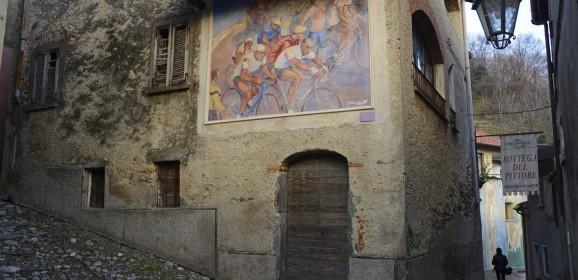 Quei muri d'autore che ci donano le piccole storie di una grande regione: ecco la Guida ai paesi dipinti di Lombardia
