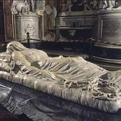 Incantata da un Cristo velato nella cappella Sansevero, nel cuore antico di Napoli