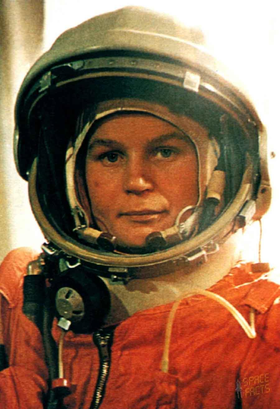 Dalle stalle alle stelle: <br />la cavalcata nello spazio <br />dell'eroica Valentina