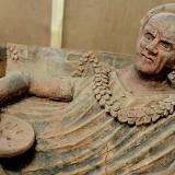 Gli 007 dei Carabinieri riportano in Italia da Ginevra 45 casse di reperti romani ed etruschi trafugati
