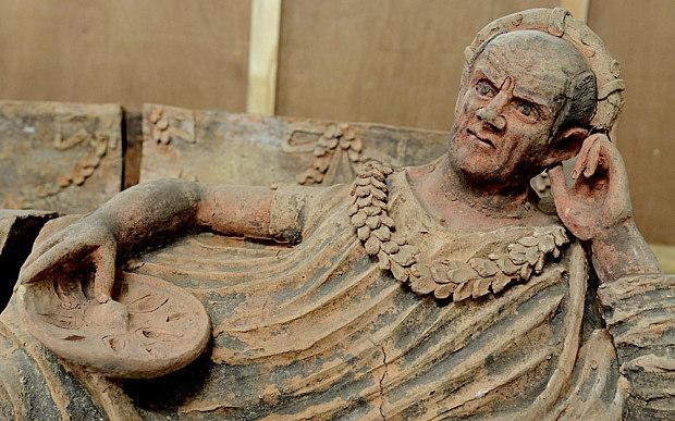 arte-trafugata-safcofago-etrusco