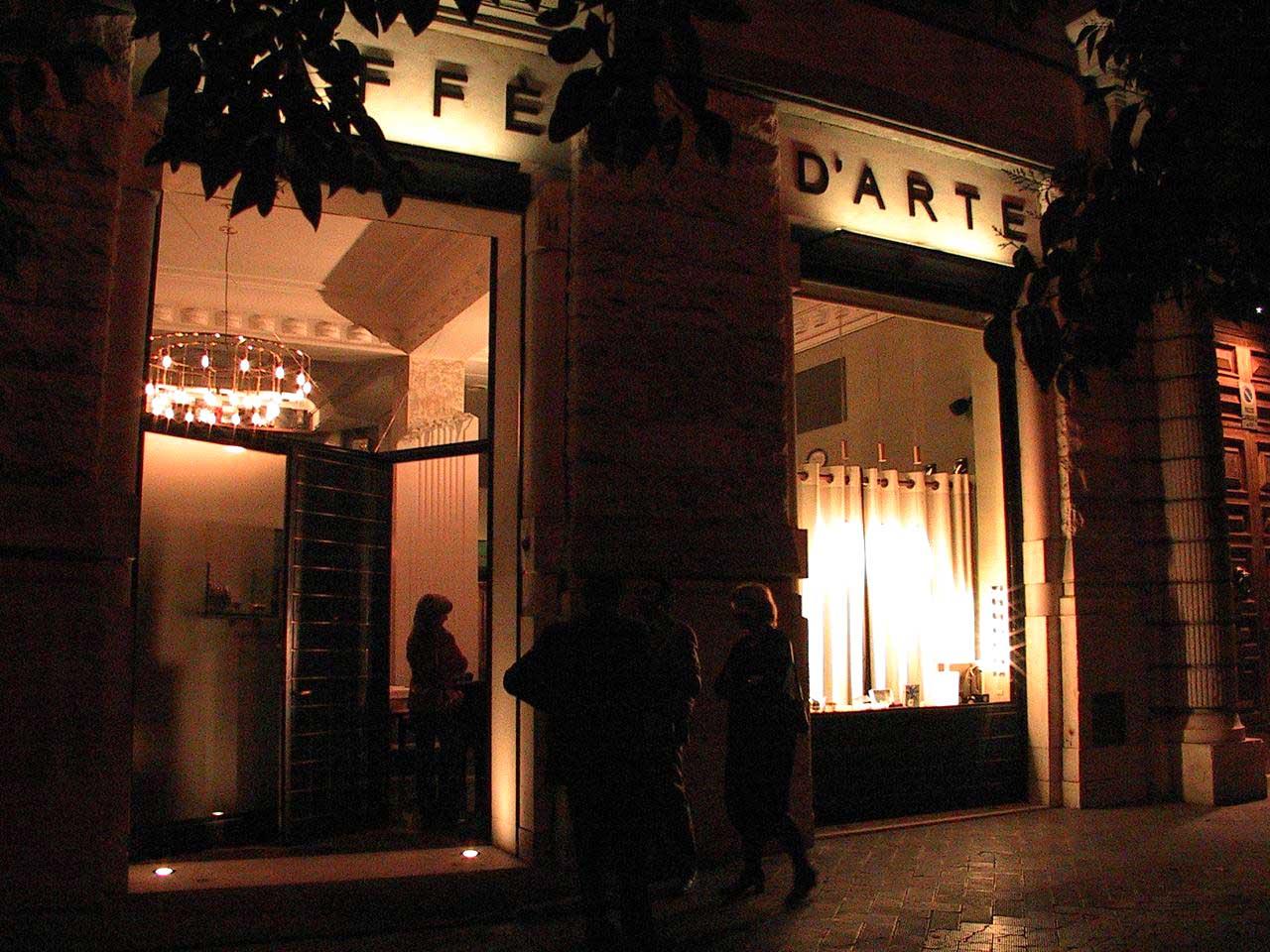 A Bari felicità è ascoltare <br />storie d'autore <br />con un Caffè Dolceamaro