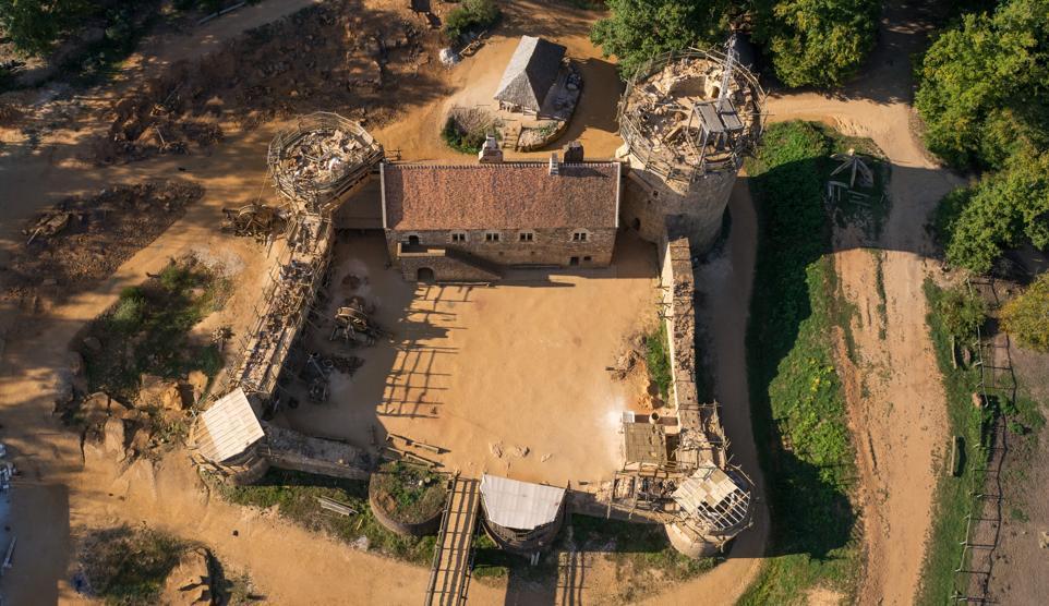 francia-castello-costruito-tecniche-medioevo