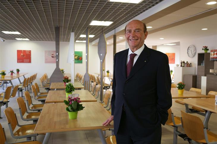 Dopo <em>Ruben</em>, ristorante di Milano dove la cena costa 1 euro, Pellegrini segna un'altra rete