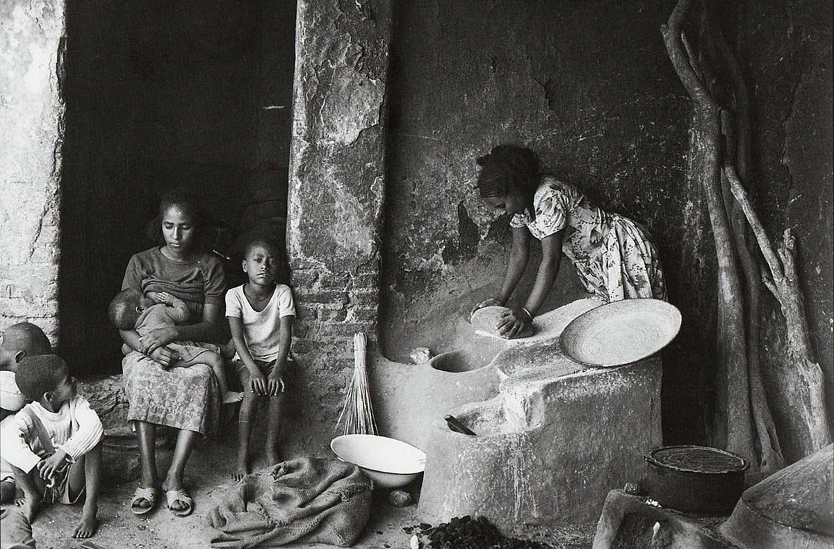 Silvestre Loconsolo, <br />due occhi curiosi <br />sulla civiltà che sudava