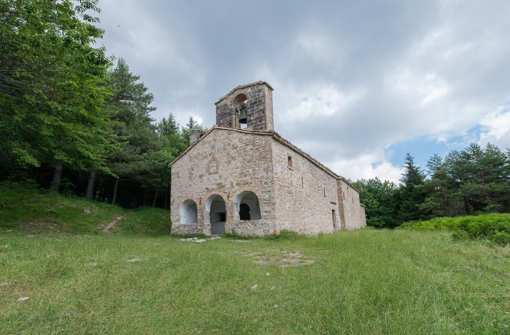 chiesa-santa-maria-pantano-montegallo