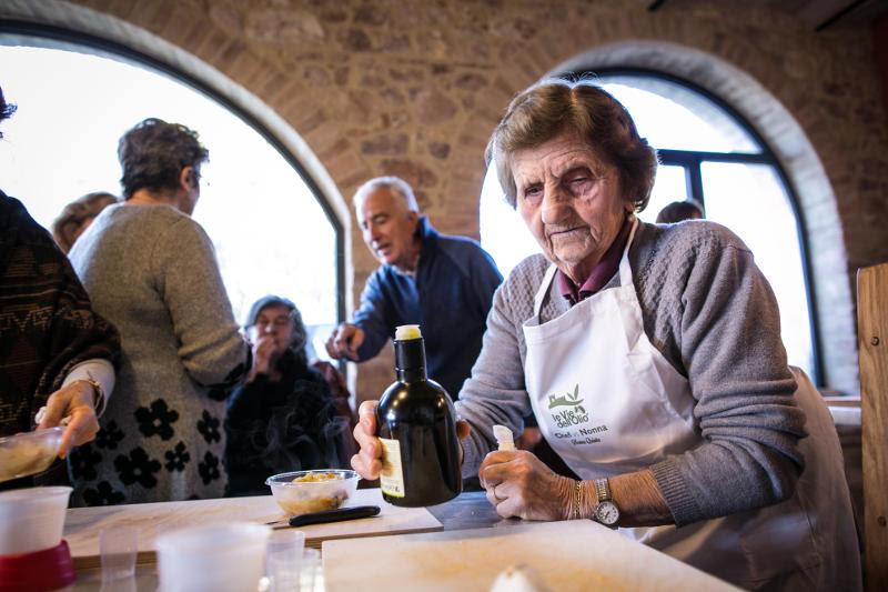 Mettiamo in tavola <br />i saporiti gioielli <br />del Centro Italia