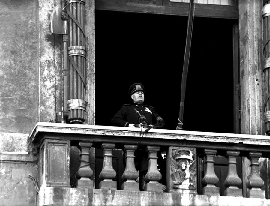 Mussolini-dichiarazione-guerra-10-giugno-1940