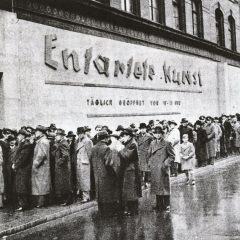 """Anni Trenta: ecco il video della mostra a Monaco sull'arte per Hitler """"degenerata"""""""
