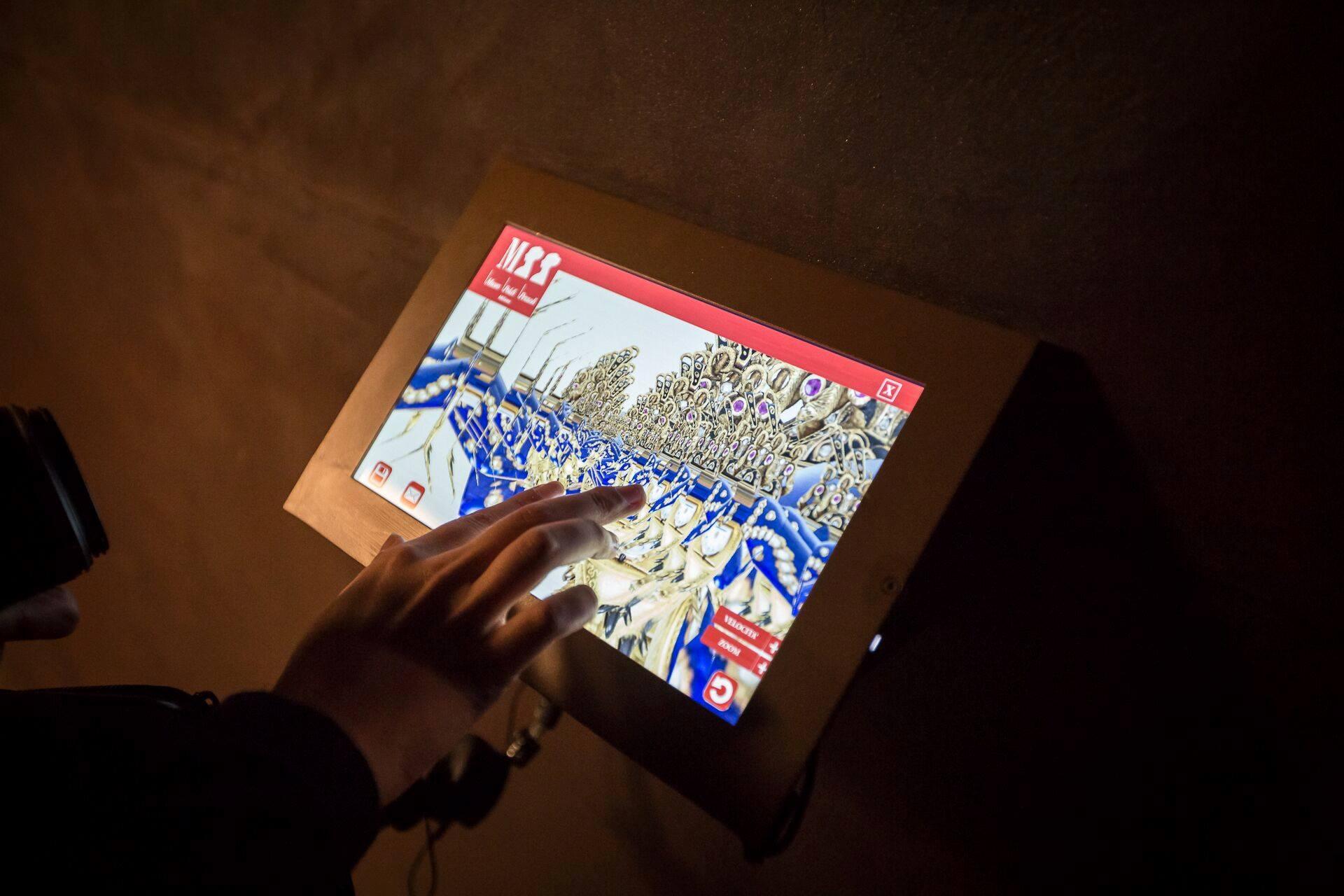 Scoprire quattro case-museo <br />con un gioco in chat. <br />Milano è all'avanguardia anche <br />nell'edutainment museale
