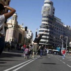 Madrid: a piedi si viaggia, si respira e si compra meglio