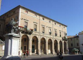 Per un alfabeto civile: vedi alla voce P come Pagamenti. (E brava, Rimini!)
