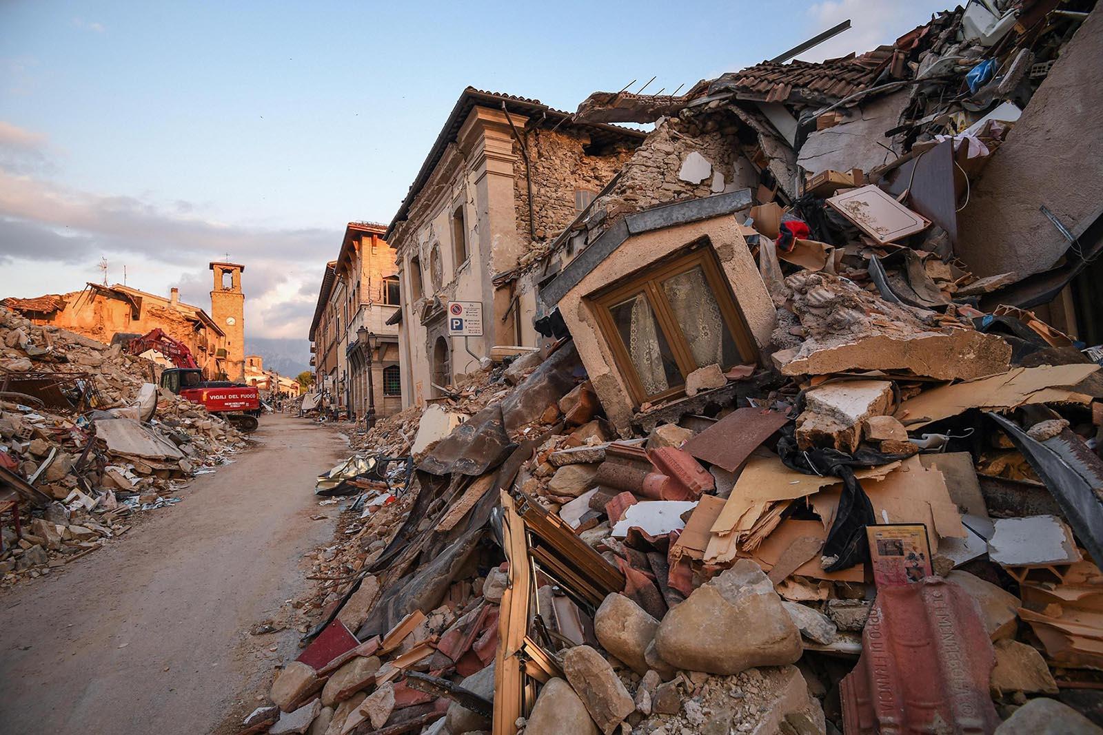 Preghiera per l'Appennino: <br />il prossimo festival di Sanremo <br />facciamolo all'Aquila. E il Consiglio <br />dei ministri? In Calabria