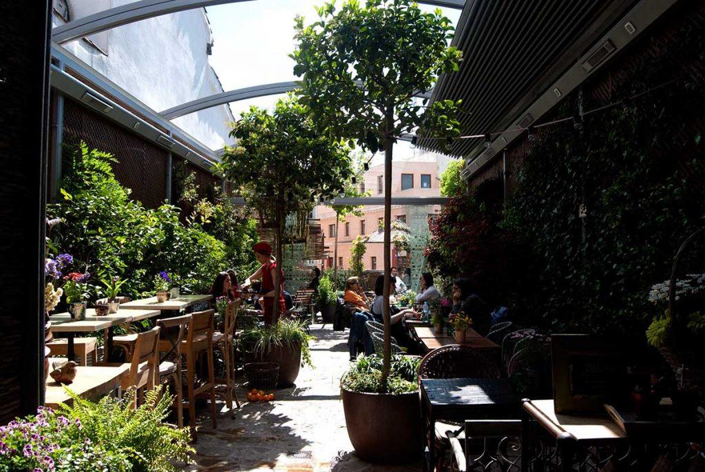 migliori-locali-ristoranti-madrid-el-jardin-secreto