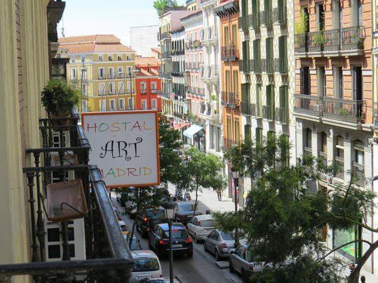 migliori-locali-ristoranti-madrid-hostal-art