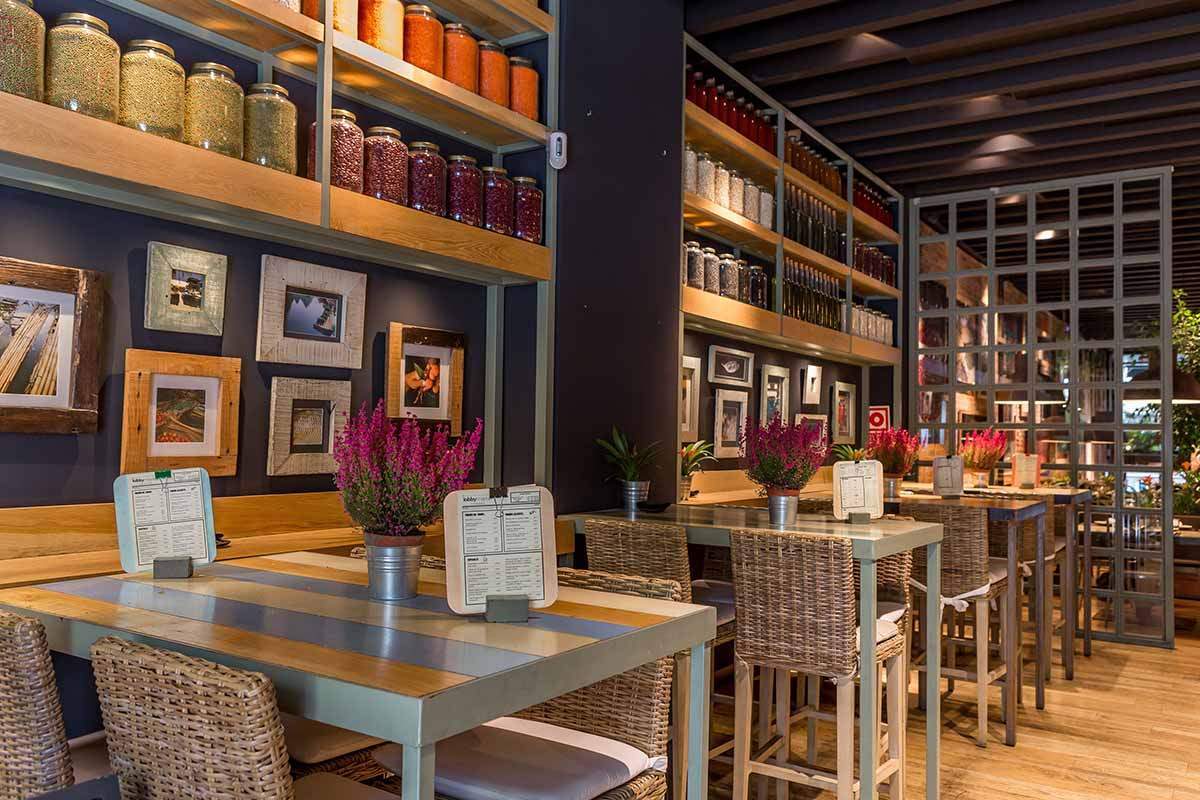 Madrid 50 la guida ai migliori locali e ristoranti della for Arredamento in spagnolo