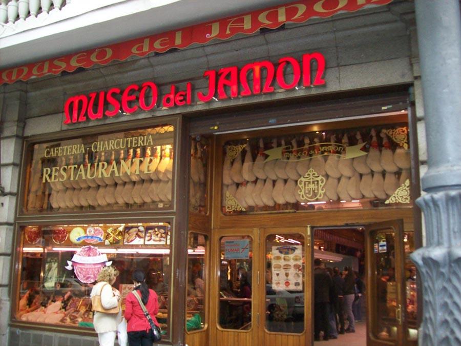 migliori-locali-ristoranti-madrid-museo-del-jamon