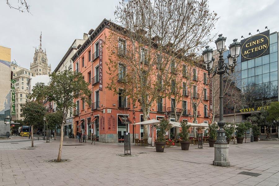 migliori-locali-ristoranti-madrid-petit-palace