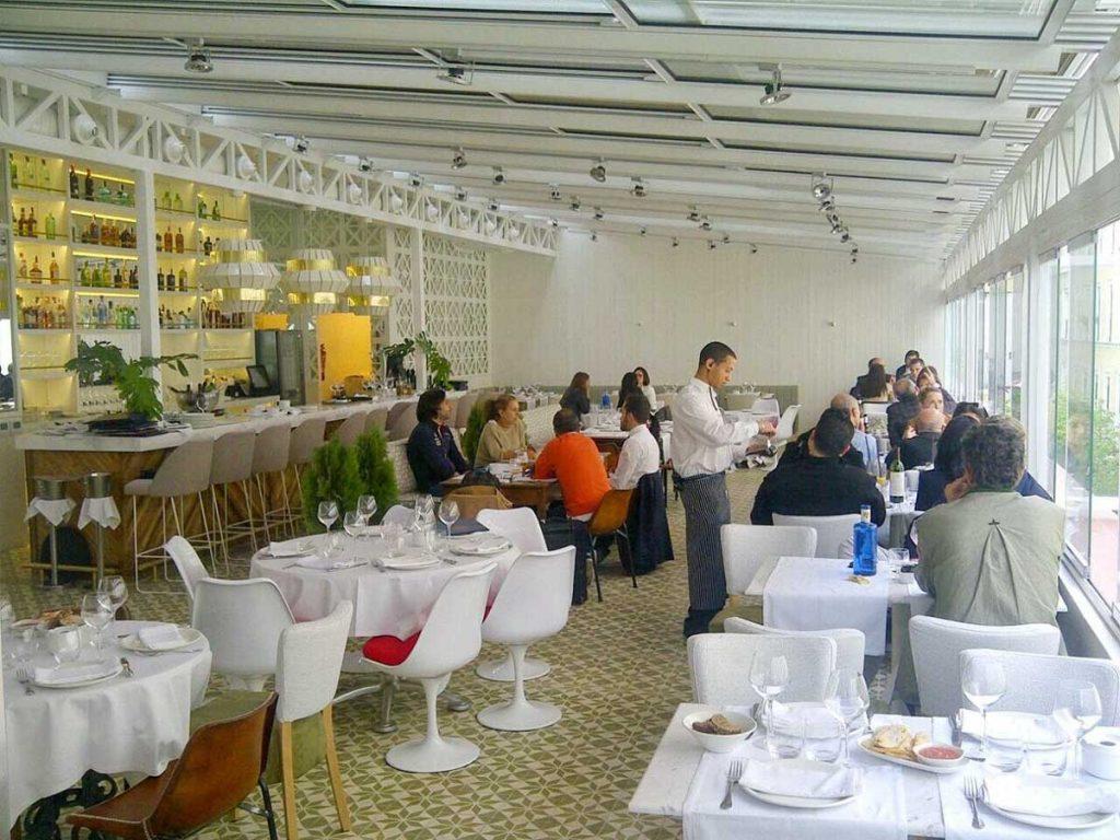 migliori-locali-ristoranti-madrid-taberna-los-gallos