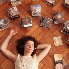 Il più antico musicista e una moderna scoperta: ascoltare musica dà una sensazione simile all'orgasmo