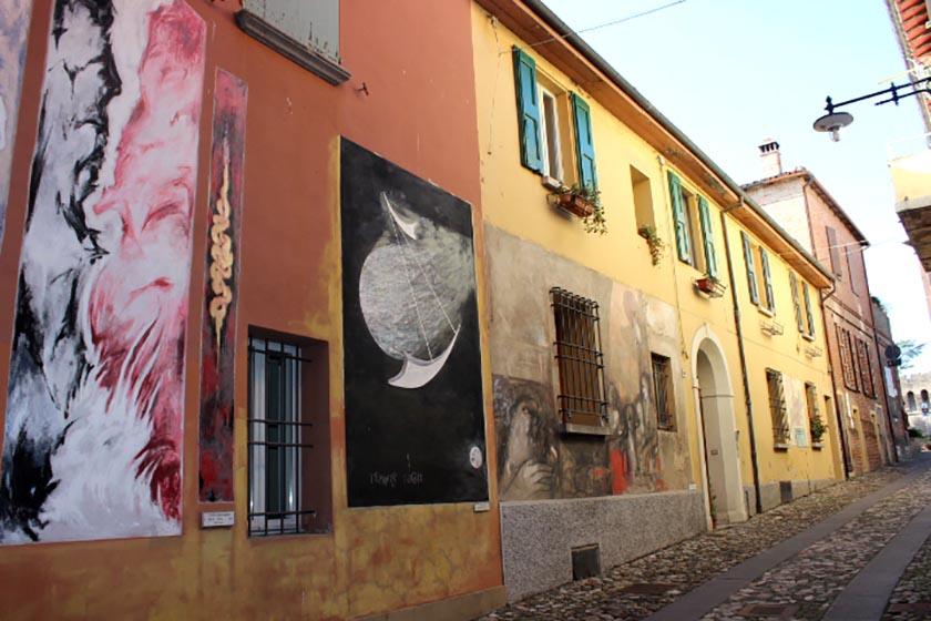 I muri d'autore di Dozza raccontano <br />storie da più di mezzo secolo