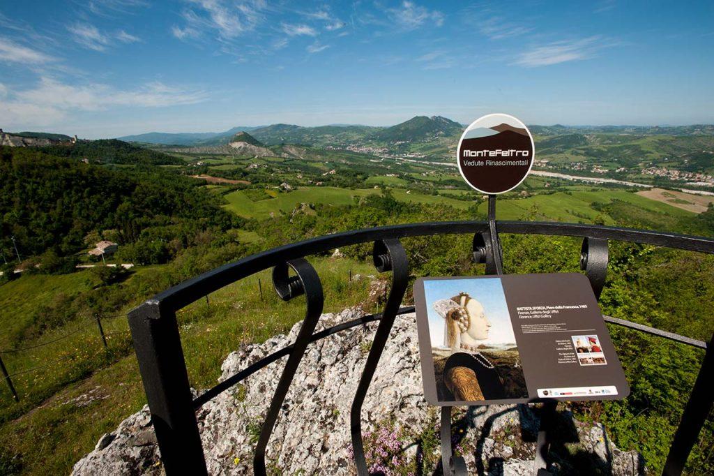 Montefeltro-Vedute-Rinascimentali-pale-eoliche-piero-della-francesca