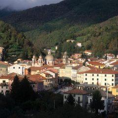 Varese Ligure, il borgo pioniere