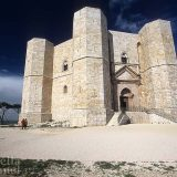 Seduce ancora la Puglia che stupì Federico II